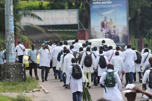 Kikwit : les médecins menacent d'aller en grève